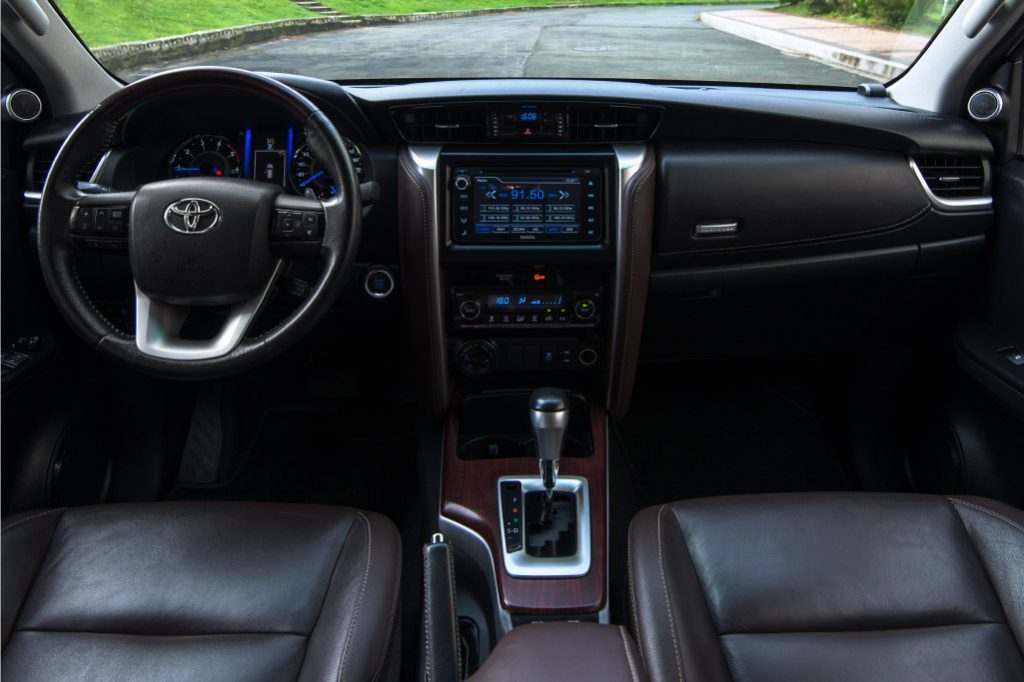 interior upholstery toyota fortuner